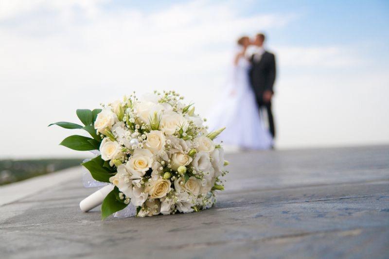 Poses para fotos ramo de novia