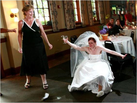 Poses para fotos de boda caidas